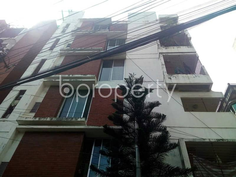 Flat For Rent In East Nasirabad Nearby Nasirabad High School.