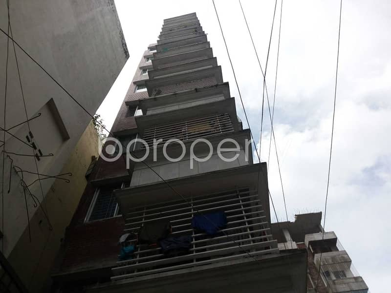 This Ready Apartment At Mirpur , Near Haji Mosjid A-Baitul Haram Is Up For Sale.