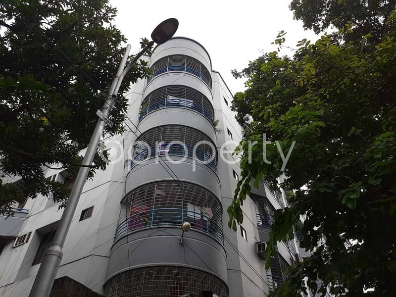 Beautiful And Well-constructed Flat Is Ready For Rent At Dhanmondi Nearby Dhanmondi Playground