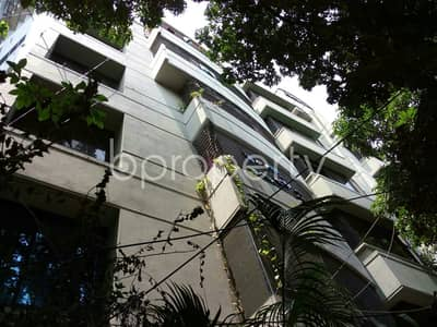 3 Bedroom Flat for Sale in Dhanmondi, Dhaka - Get Comfortable In A Flat For Sale In Dhanmondi Nearby Excel Academy