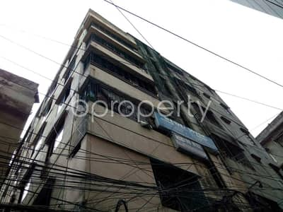 At Dhanmondi flat for Rent close to Jame Masjid