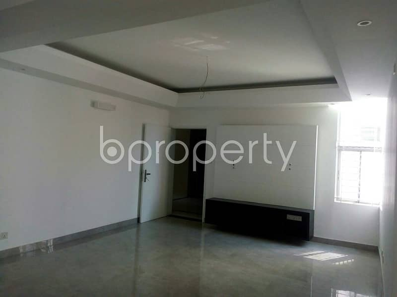 Apartment of 1650 SQ FT for sale in Bashundhara R-A, near North South University