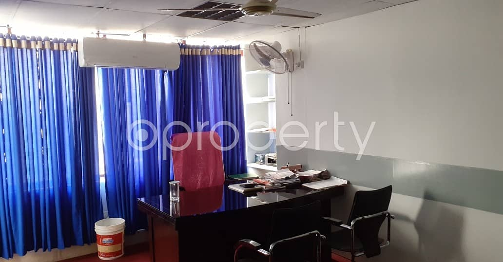 At Paribagh, Office for Rent close to Paribagh Jame Masjid