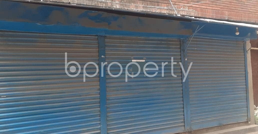 In Ibrahimpur Near Monipuri School, A Shop Is Vacant For Rent.