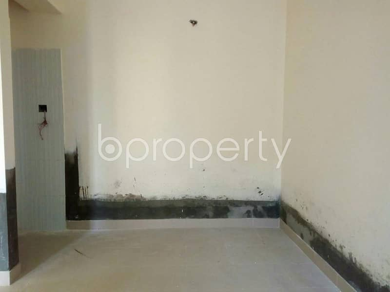 A 1162 SQ FT apartment is waiting for sale at Race Course nearby Cumilla Markaj Mosjid