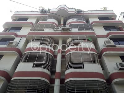 Ready flat 3200 SQ FT is now to Rent in Gulshan nearby Standard Chartered Bank