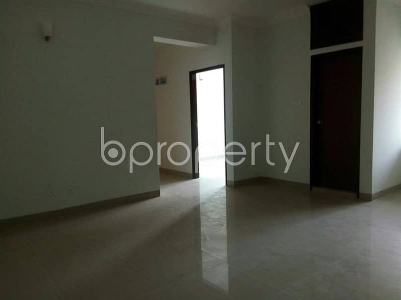 Visit this apartment for rent of 1238 SQ FT in Older Chowdhury Para Road near Tara Masjid