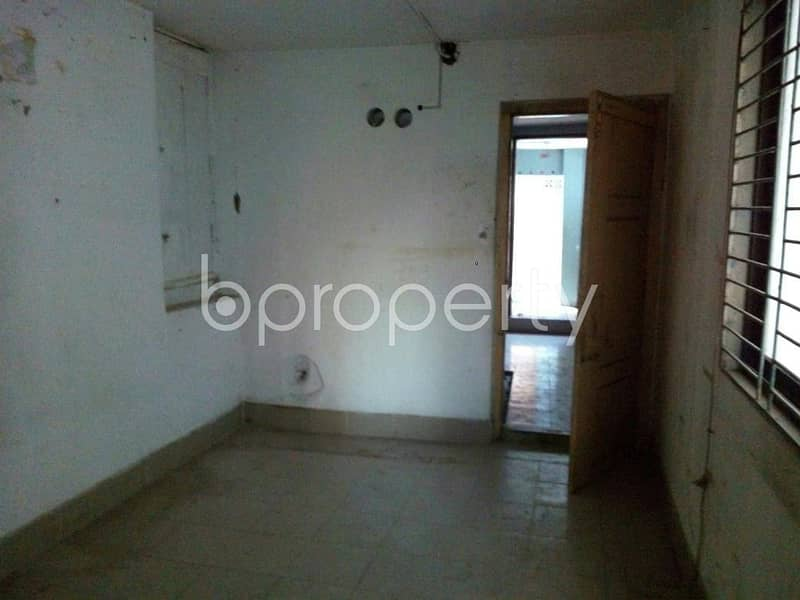 Apartment of 600 SQ FT for rent in Mohammadpur, near Baitul Wahab Jame Masjid