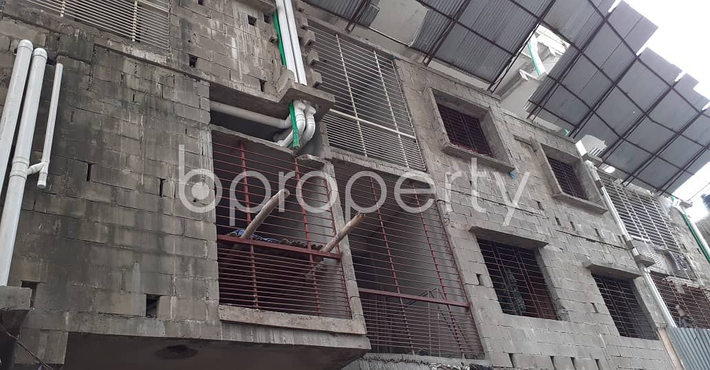 In Kalabagan Near Square Hospitals Limited, A Flat Is Ready For Sale