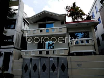 Beautiful And Well-constructed An Apartment Is Ready For Rent At Nikunjo, Near Grace 21