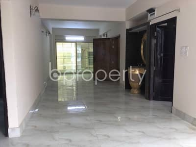 Nice Flat Can Be Found In Bashundhara R-A For Rent, Near Baitul Jannat Jame Masjid