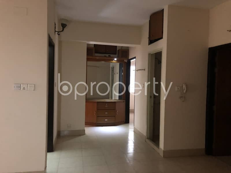 Visit This Apartment For Sale In Dhanmondi Near Jafrabad Government Primary School