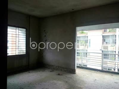 A 2100 SQ Ft nice and comfortable flat is up for sale in Khulsi Hill R/A nearby South Khulshi Mosque.