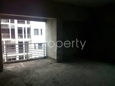 A 1900 SQ Ft nice and comfortable flat is up for sale in Chatogram near to Khulshi Police Station