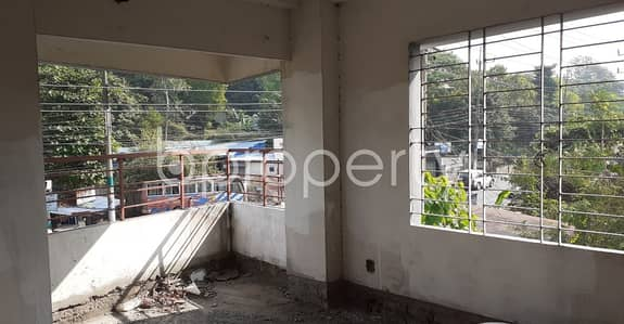 This Flat Is Now Vacant For Sale In Akbarshah Close To Akbar Shah (Rah:) Jame Masjid