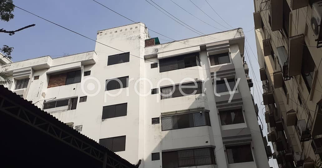 A Tremendous Flat Is Up For Rent In Gulshan Near German Club
