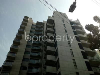 A Nice And Comfortable Flat Is Up For Rent In Banani Nearby Southeast University