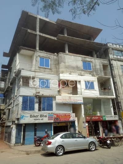 Office for Rent in Badda, Dhaka - See This Office Space Of 800 Sq. Ft Is For Rent Located In Madani Avenue Near Mohaimid Medical Center.