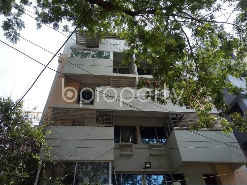 Visit this apartment for sale of 1688 SQ FT in Banani near Banani Jame Mosjid.