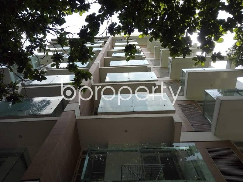 Get Comfortable In A Flat For Sale In Banani Nearby Banani Bidyaniketan School & College