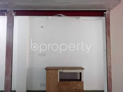 This 150 Sq. Ft. shop is up for rent in Kuratoli near to Kuril-Kuratoli Adarshaw High School