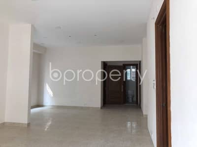 An Attractive Apartment Is Up For Rent Covering An Area Of 1888 Sq Ft In Bashundhara R-a.