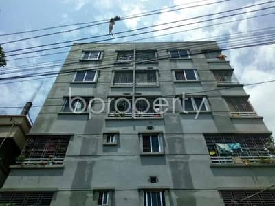 800 SQ Ft apartment for rent is all set for you to settle in Thakur Para close to Shree Shree Kalitola Kali Mandir