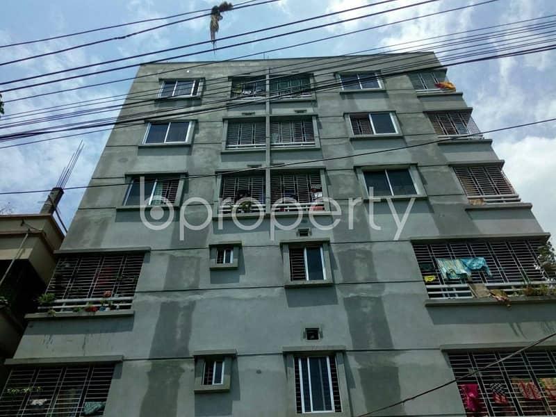 700 sq ft apartment is ready for rent at thakur para, near shree shree kalitola kali mandir