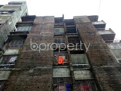 Near Kacha Bazar 1300 SQ FT flat for rent in Thakur Para
