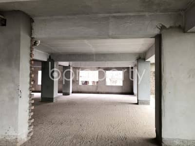 Office for Sale in Kathalbagan, Dhaka - This vast commercial space is available for sale in Kathalbagan near Al-Amin Jame Masjid