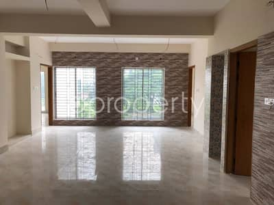 A Well Designed Apartment Up For Sale In Bashundhara R-A Near To Madinatul Ulum Madrasa Masjid