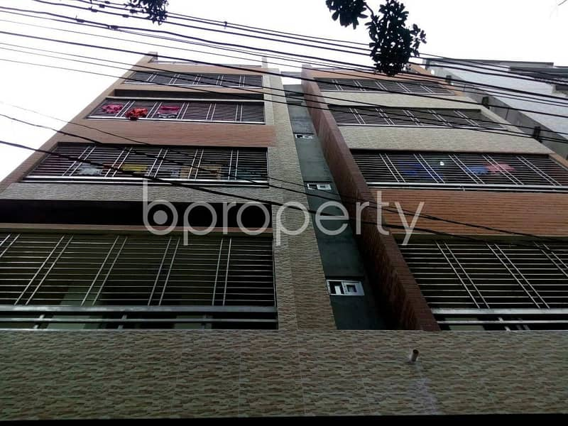 A 800 SQ FT apartment is waiting for rent at Older Chowdhury Para Road nearby Comilla Victoria Government College