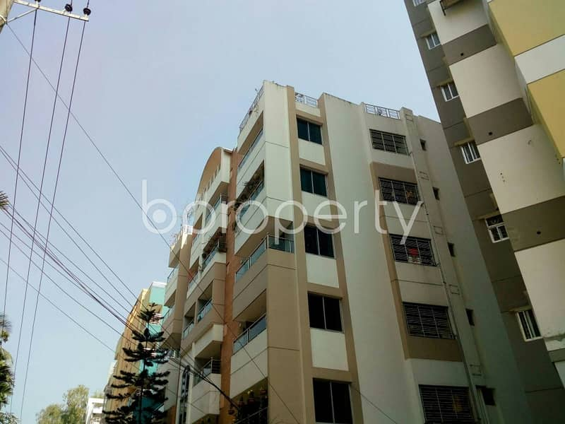 700 SQ FT apartment for rent in Lal Khan Bazaar, near Radiant School and College