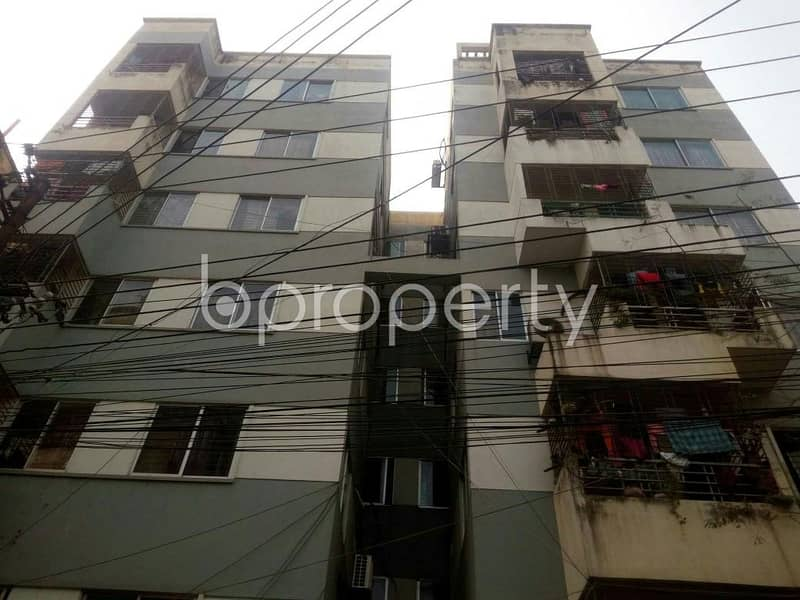 1050 SQ FT flat for Rent in Taltola close to Taltola Market