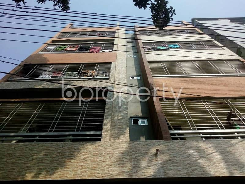Visit this apartment for rent of 800 SQ FT in Older Chowdhury Para Road near Cumilla Medical Center.