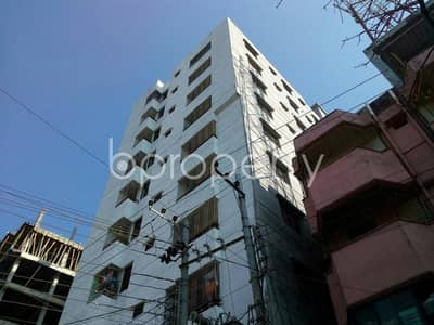Close to Cumilla Modern High School, an apartment of 1105 SQ FT for sale is available in Thakur Para
