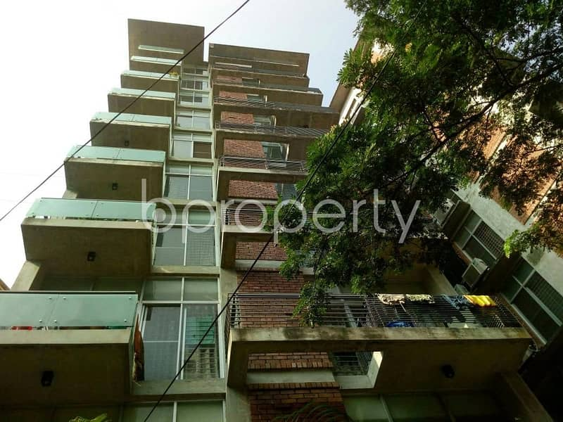 Get comfortable in a 1990 SQ FT flat for rent in 16 No. Chawk Bazaar Ward, near Panchlaish Model Police Station