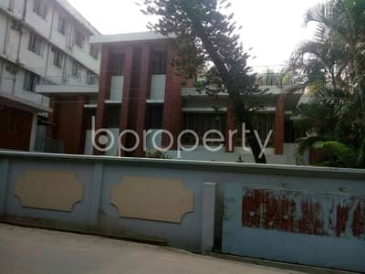 4 Bedroom Apartment for Rent in Muradpur, Chattogram - 4500 SQ FT flat is now for Rent which is in Muradpur near to Prime Bank