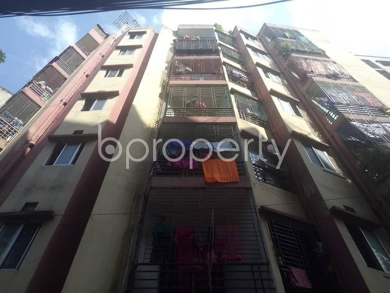 An Apartment Up For Sale Is Located At Nayatola, Near To Shahnuri Model Girls High School.