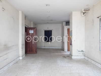 Apartment for Rent in Ibrahimpur, Dhaka - Check this 350 Sq. Ft. lucrative office space up for rent in Ibrahimpur near to Sonali Bank