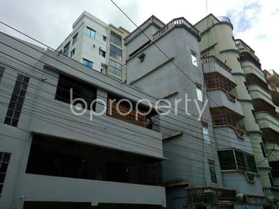 Comfortable, convenient and well constructed 2400 SQ FT flat for rent in Halishahar, near Cambrian School And College