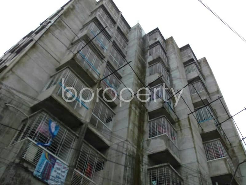We have this wonderful apartment covering 1225 SQ Ft in total that you have been looking for, this flat for sale is located in Hirazheel near to Giasuddin Islamic Model School & College.