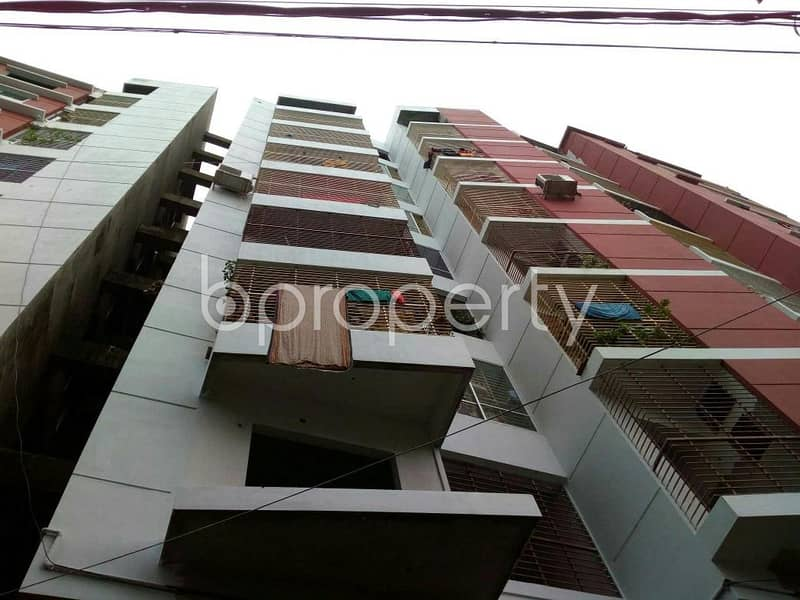 Start your new life in your new home, see this nicely planned 1334 SQ FT flat which is up for sale in Kazem Ali Road nearby South West Bakolia High School.