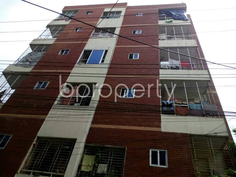 Get comfortable in a 900 SQ FT flat for rent in Muradpur, near Muradpur Jame Masjid