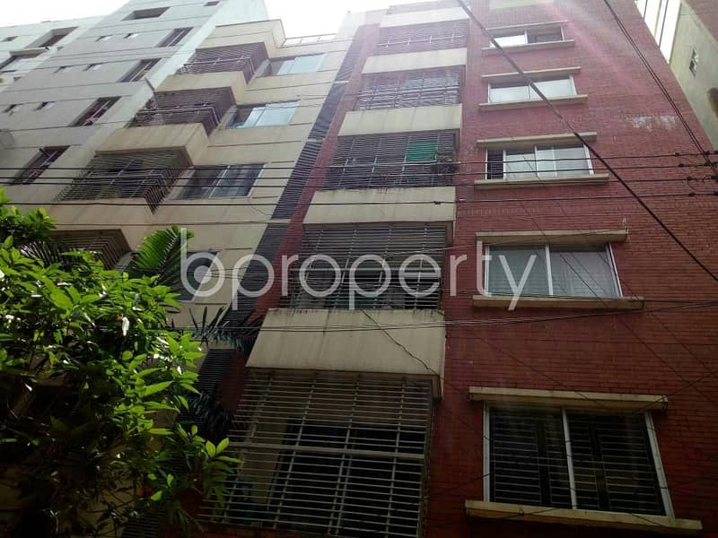 A Nice And Comfortable Flat Is Up For Sale In Bayazid Nearby Abu Darda Jamgee Masjid.