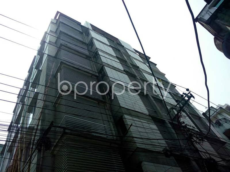 A Nice And Comfortable Flat Is Up For Sale In East Nasirabad Nearby East Nasirabad Government High School Playground.