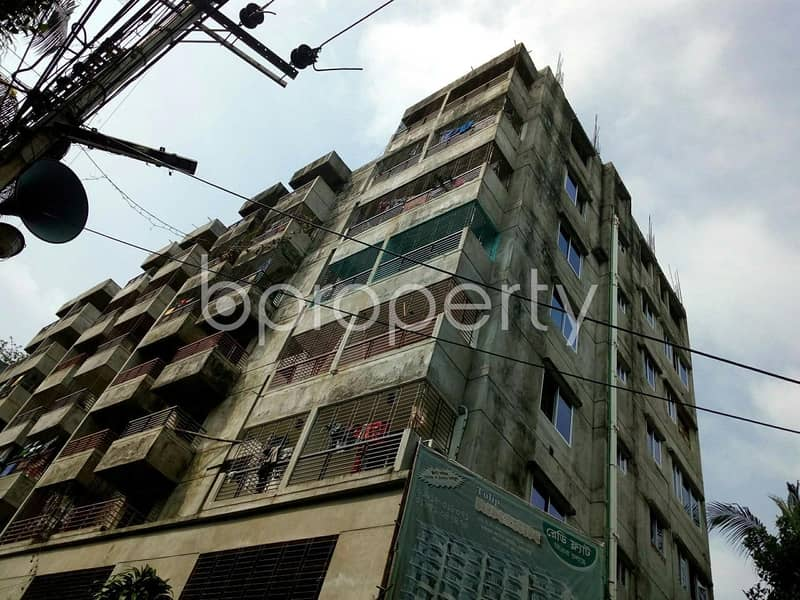 Start Residing In This Properly Developed Apartment For Sale, In Lal Khan Bazaar, Near Ispahani Public School And College