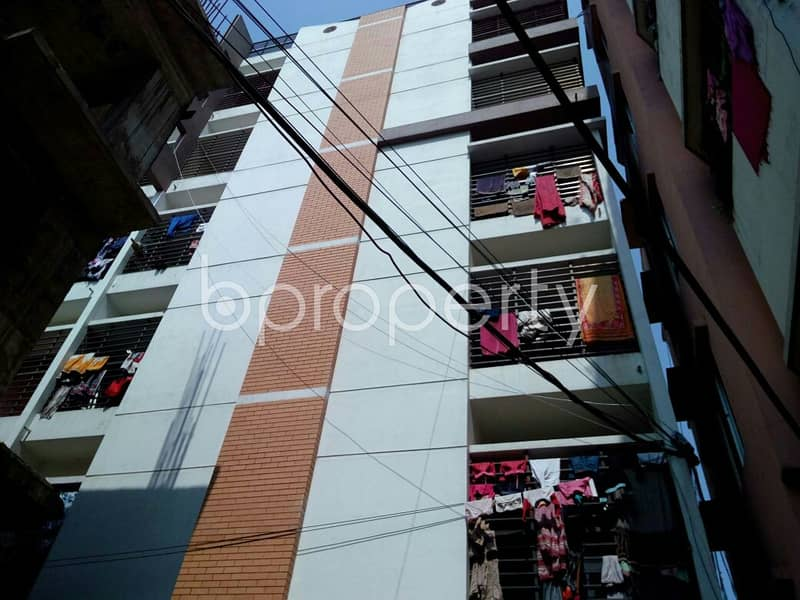 1387 SQ FT flat is now Vacant for sale in Bayazid close to Bayazid Thana