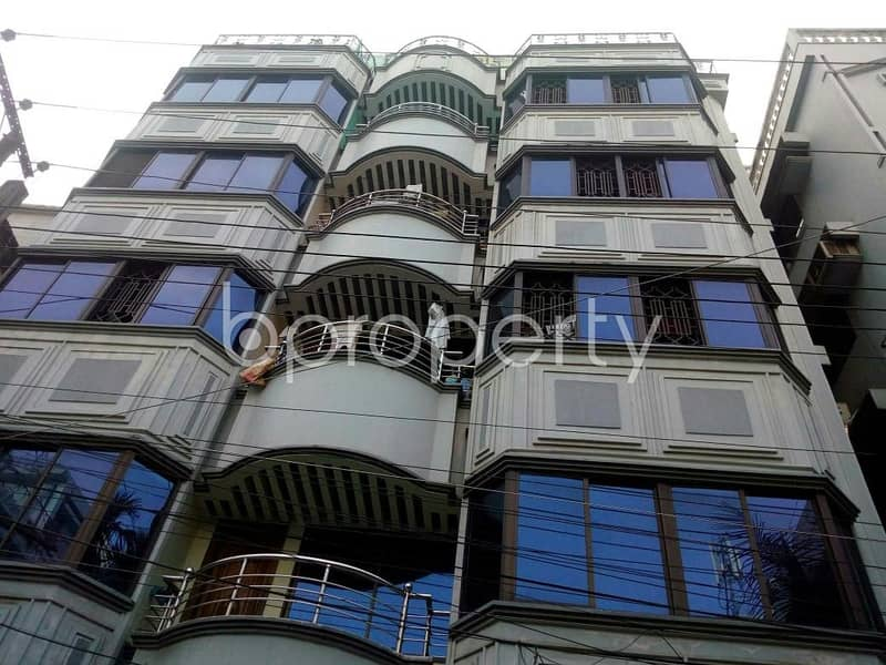 At Panchlaish 1400 Square feet flat is available for Rent close to Ekushey Hospital