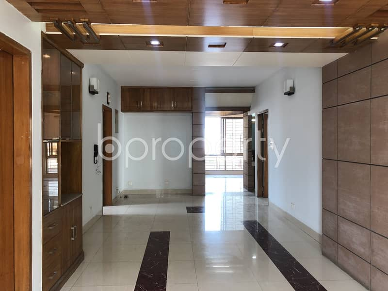 Ready Flat For Rent At Bashundhara R-A Nearby Ebenzer International School